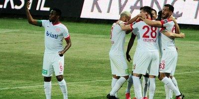 Antalyaspor farklı kazandı