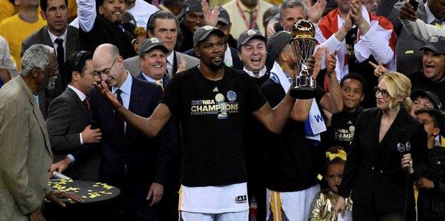 "NBA Finalleri'nin MVP'si <a href=""/index/kevin-durant?id=8789bcfe-2273-43b9-bd31-e8290a502c91"" class="""" rel=""tag"">Kevin Durant</a>"