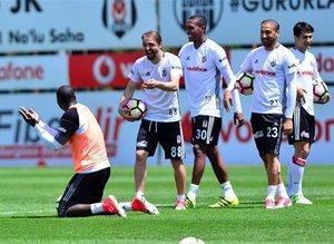 Beşiktaşta neşeli antrenman