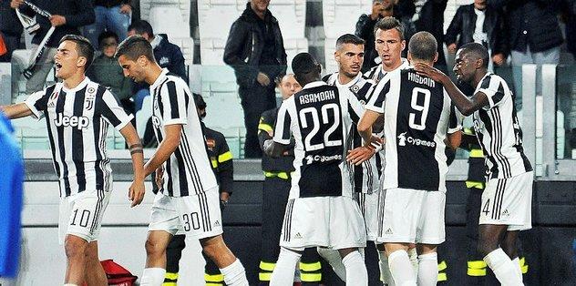 Napoli ve Juventus doludizgin