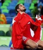 Taha Akgül'ün mayosu Olimpiyatlar Sergisi'nde