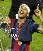 Barcelona'dan ayrıldı