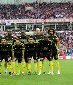 Süper Lig kadrosunda yer alacak 10 futbolcu belli oldu