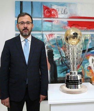 Spor Toto Süper Lig kupası görücüye çıktı