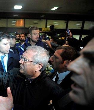 Konya'da Aziz Y�ld�r�m'a protesto