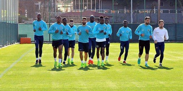 Alanyaspor'da 8 futbolcuya milli davet