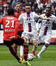 Lyon, 10 kişi kalan Rennese diş geçiremedi