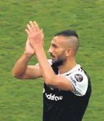 Yalçın, Beşiktaş formasını giydi