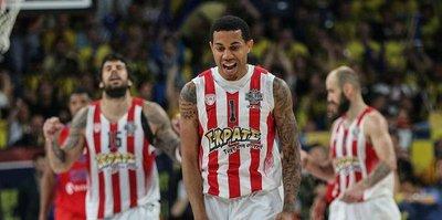 Olympiakos'tan CSKA'ya darbe
