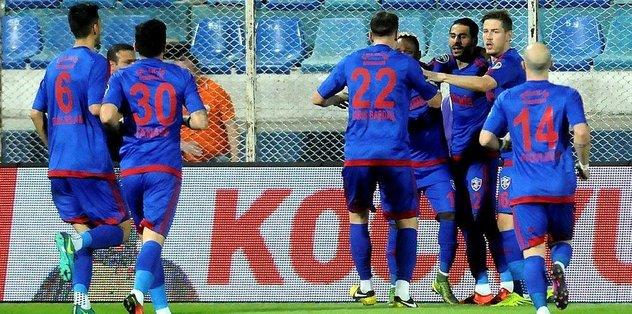 Adanaspor'u 2-1'le geçti