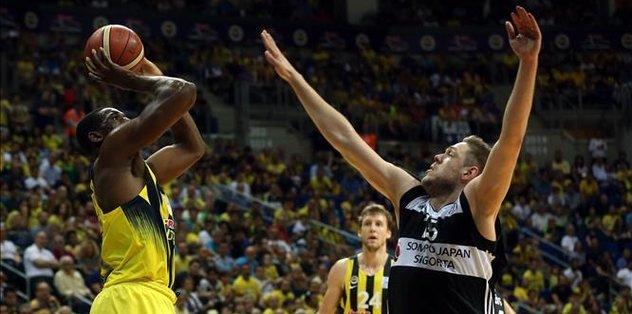 Fenerbahce beat Besiktas, lead series 2-0