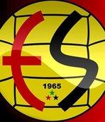 """Eskişehirspor'dan """"efsane"""" futbolcularına jest"""