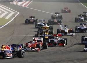 Bahreynde Ferrari duble yaptı