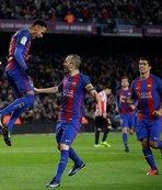 Katalanlar Nou Camp'ta turladı