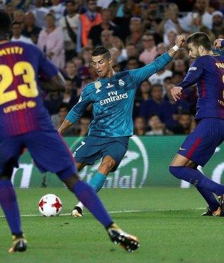 Camp Nou'dan Ronaldo geçti!