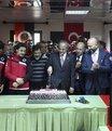 Yönetim ve futbolcular pasta kesti