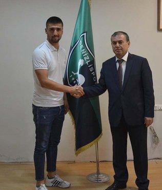 Denizlispor'da Yasin imzaladı