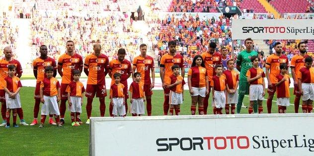 Galatasaray'da defans sıkıntısı sürdü