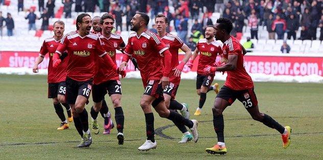 TFF 1. LigSivasspor: 3 - Göztepe: 0