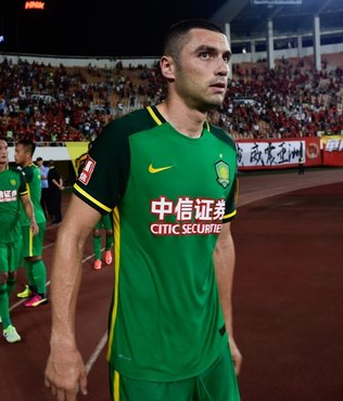Burak Y�lmaz att�, Beijing Guoan kazand�