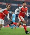 Arsenal 90+8'de güldü