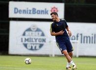 Fenerbahçe'nin yeni transferi Giuliano idmanda