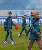 Zenit'te Lucescu'nun koltuğu sallanıyor