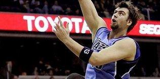 Phoenix Suns ile anlaştı