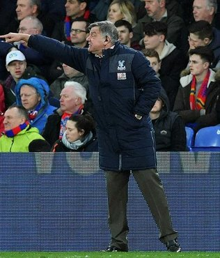 Allardyce, Crystal Palace'tan ayrıldı
