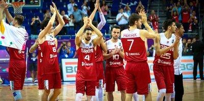 A Milli Basketbol Takımı galibiyet peşinde