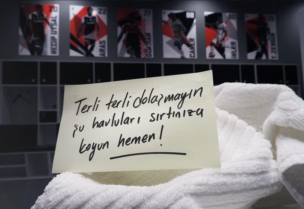 Vodafone Arena'dan Anneler Günü'ne özel paylaşım