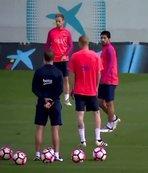 Barça idmanından neşeli görüntüler