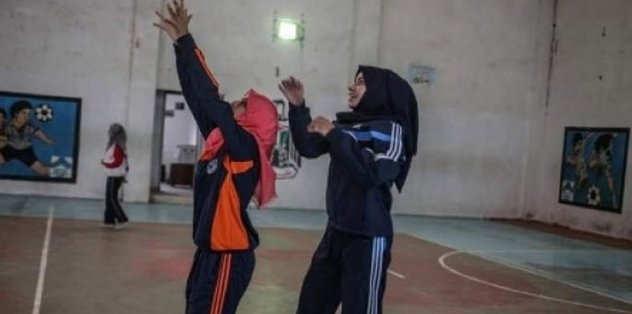 Gazze'de ilk kad�n hentbol tak�m�