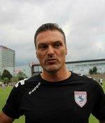 Alpay Özalan'dan Lucescu'ya tavsiye