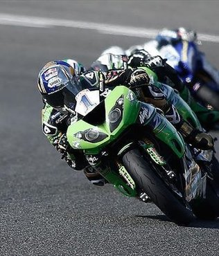 Sofuoğlu wins World Supersport Championship