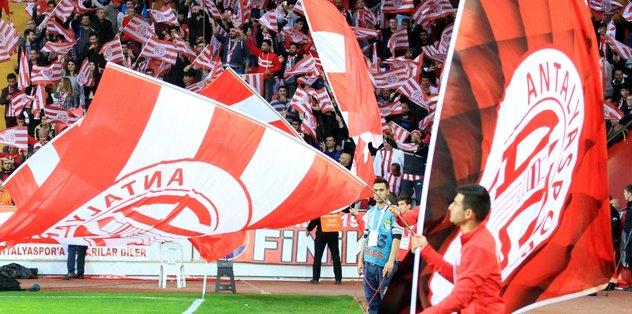 Beşiktaş maçında seyirci rekoru