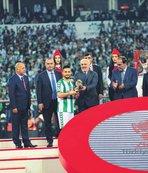 Ömer Ali Şahiner maçın adamı seçildi