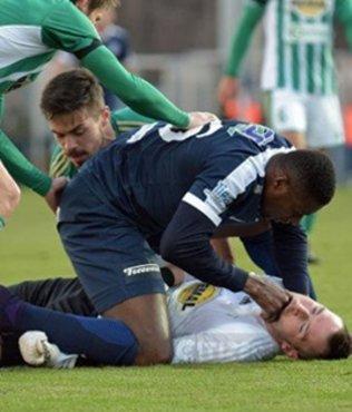 Togolu futbolcudan alkışlanacak hareket