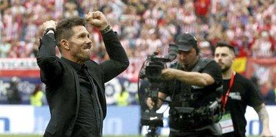 Simeone, Atletico'da devam ediyor