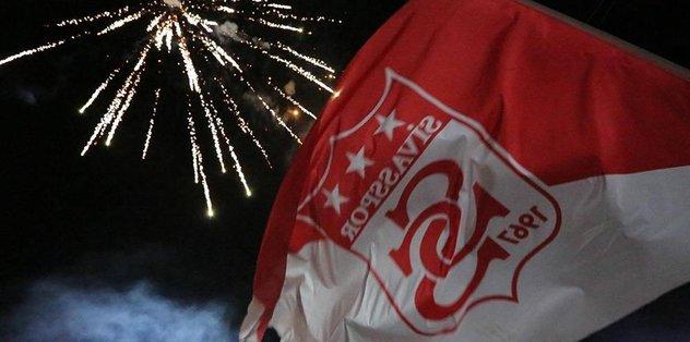Sivasspor 4 futbolcusuyla yollarını ayırdı