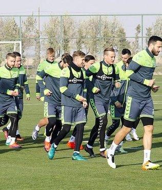 Atiker Konyaspor, Ukrayna'ya gitti