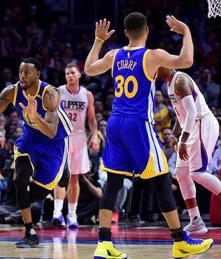 Warriors deplasmanda kazandı