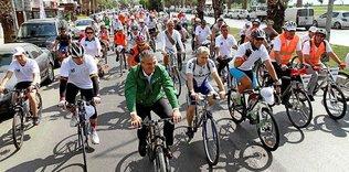Bisiklet tutkunları şenlikte buluşuyor