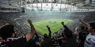 2 bin Beşiktaşlı Porto'ya gitti
