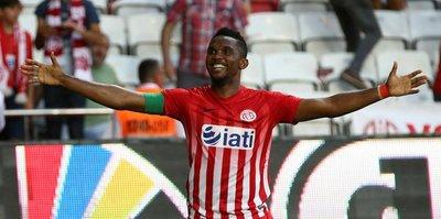 Eto'o Bursaspor'u ateşe attı