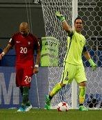Quaresma penaltıyı kaçırdı!