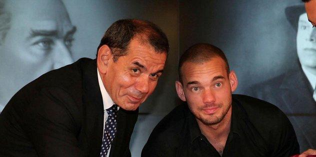 Sneijder bonservis + para istedi!