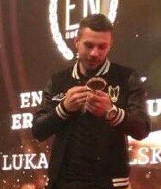 Podolski'ye ödül