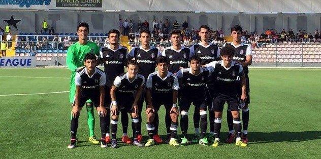 Beşiktaş Napoli'yle berabere kaldı