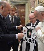 İtalya Kupası finalistleri Papa'yı ziyaret etti